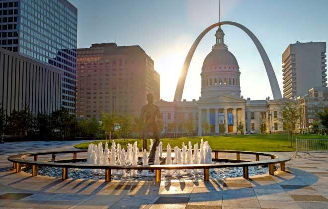 St. Louis Missouri - Kiener Plaza and the Gateway Arch in St. Louis Missouri.